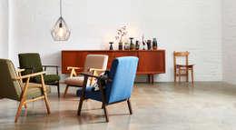 Polnische Sessel 60er Jahre: moderne Wohnzimmer von POLITURA