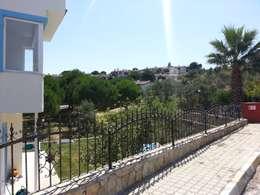 EDMİMARLIK INTERIOR STUDIO – Ayvalık Şirinkent Villa:  tarz Teras