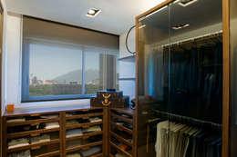 Casas de estilo  por Lopez Duplan Arquitectos