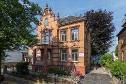 Ansicht Villa Viktoria: klassische Häuser von Wohnwert Innenarchitektur