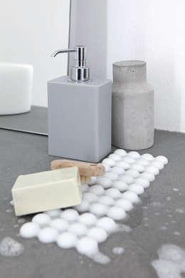 Bathroom by Geelli