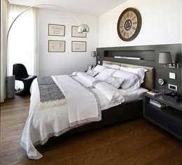 eclectic Bedroom by Esra Kazmirci Mimarlik