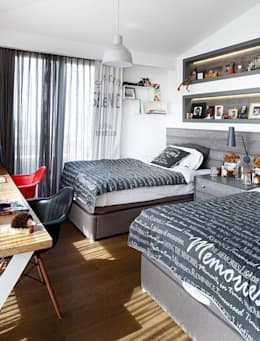 Dormitorios de estilo moderno por Esra Kazmirci Mimarlik