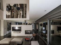 EAS Arquitectura: modern tarz Oturma Odası