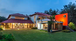 G Farm House: eclectic Houses by Kumar Moorthy & Associates