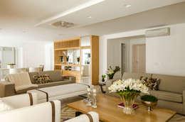 modern Living room by Prado Zogbi Tobar