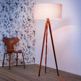 Salas/Recibidores de estilo escandinavo por ik Design
