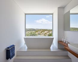 modern Bathroom by Philip Kistner Fotografie