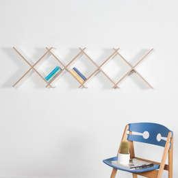 minimalistic Living room by Hermann+Hermann