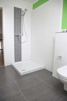 modern Bathroom by Heinrich Blohm GmbH - Bauunternehmen