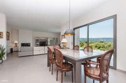 modern Dining room by Pixcity