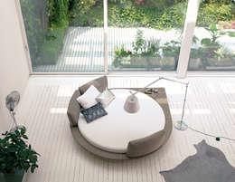 modern Bedroom by la falegnami