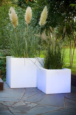 Verlichte plantenbakken:  Tuin door Verlichtmeubilair   Viper Handelmaatschappij BV