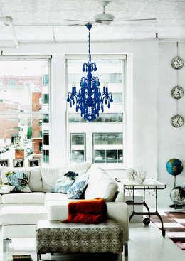 classic Living room by Thomas & Vines Ltd