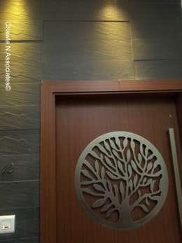 Waverly residence at Santacruz: minimalistic Houses by Chawla N Associates
