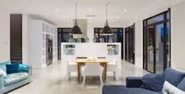 mediterranean Dining room by 08023 Architects