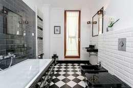 scandinavian Bathroom by Michał Młynarczyk Fotograf Wnętrz