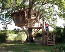 rustic Garden by Squirrel Design Tree Houses Limited