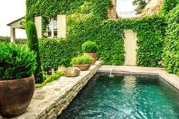 Maison Luberon:  de style  par Insides