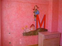 Dormitorios infantiles  de estilo  por Pinturas oliváN
