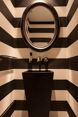 Bathroom by Magenta Interiorismo