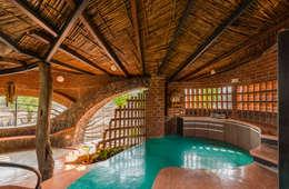 Rumah by iSTUDIO Architecture