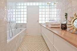 浴室 by Atelier UOA