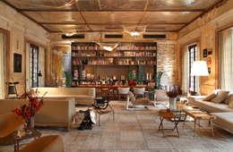 Gisele Taranto Arquitetura: klasik tarz tarz Oturma Odası