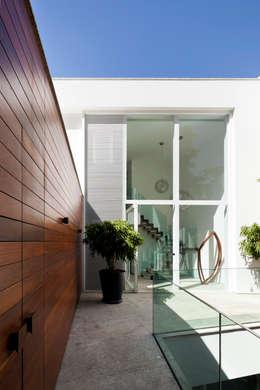 Homify 360 la resid ncia mirante une villa avec vue - La maison tempo au bresil par gisele taranto ...