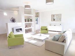 Salas de estar modernas por Saving Graces Interiors