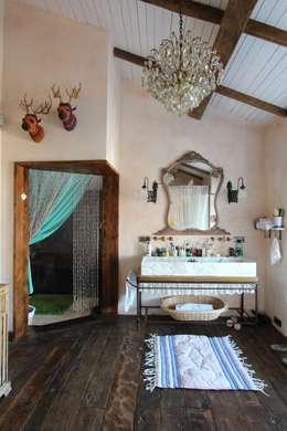 Ванные комнаты в . Автор – Orkun İndere Interiors