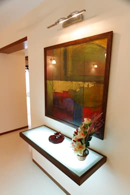 Apartment of Ashish Dalal : modern Houses by Pandya & Co.