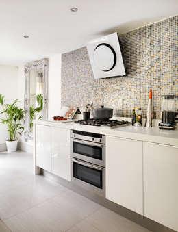 Кухни в . Автор – My Bespoke Room Ltd