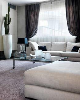 moderne Wohnzimmer von Studio d'Architettura MIRKO VARISCHI