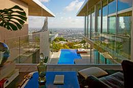 Casas de estilo moderno por McClean Design