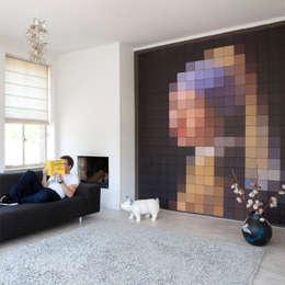 IXXI pixel - Meisje met de Parel: moderne Woonkamer door IXXI