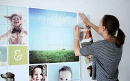 IXXI COLLAGE MET JOUW FOTO'S: moderne Woonkamer door IXXI