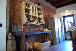 Cocinas de estilo rústico por Porte del Passato
