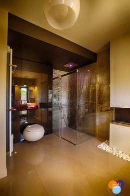 modern Bathroom by Studio Projektowe Projektive