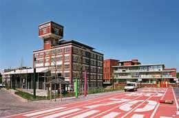 Wonen in een fabriek:  Exhibitieruimten door het architectenforum