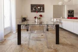 Appartement à Sète : Salle à manger de style de style Moderne par WM