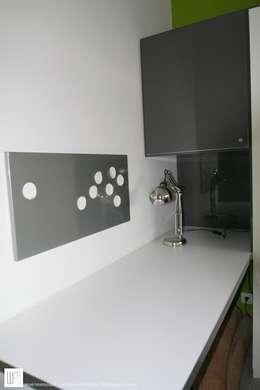 Appartement à Cannes meublé entièrement par wm: Bureau de style de style Moderne par WM