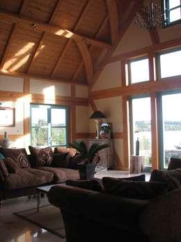 country Living room by Pracownia Tutaj