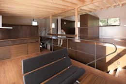 前原尚貴建築設計事務所/Naotaka Maehara Architectural Design Office의  거실