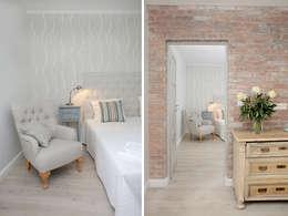 Pasillos, vestíbulos y escaleras de estilo escandinavo de Mocca Studio