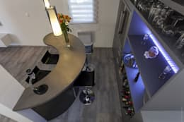 Espace Bar 2: Cave à vin de style de style Moderne par WM