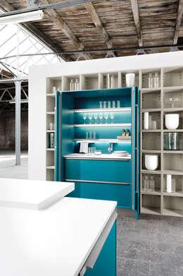 Cocinas de estilo moderno por fit Kitchens