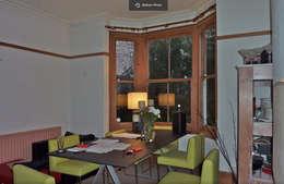 Projekty,  Salon zaprojektowane przez VCDesign Architectural Services