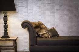 Paredes y pisos de estilo  por Architectural Textiles Ltd