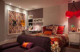 Apartamento Alto da Lapa II: Arte  por Andréa Gonzaga